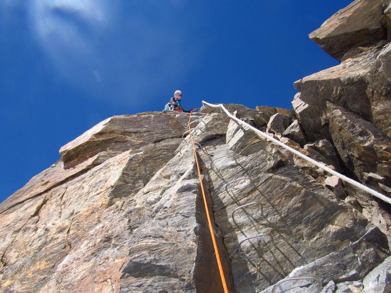 Tratto attrezzato per salire in cima al Balmenhorn