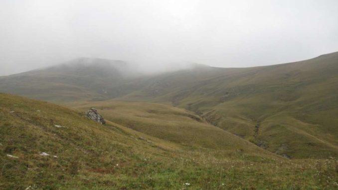 Vista sul Monte Crocette arrivando all'Alpe Chastlar
