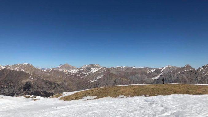 Uno-sguardo-verso-l'altopiano-della-Gardetta